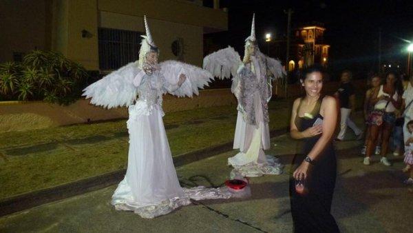 elfos estatuas vivientes noche blanca de la floresta